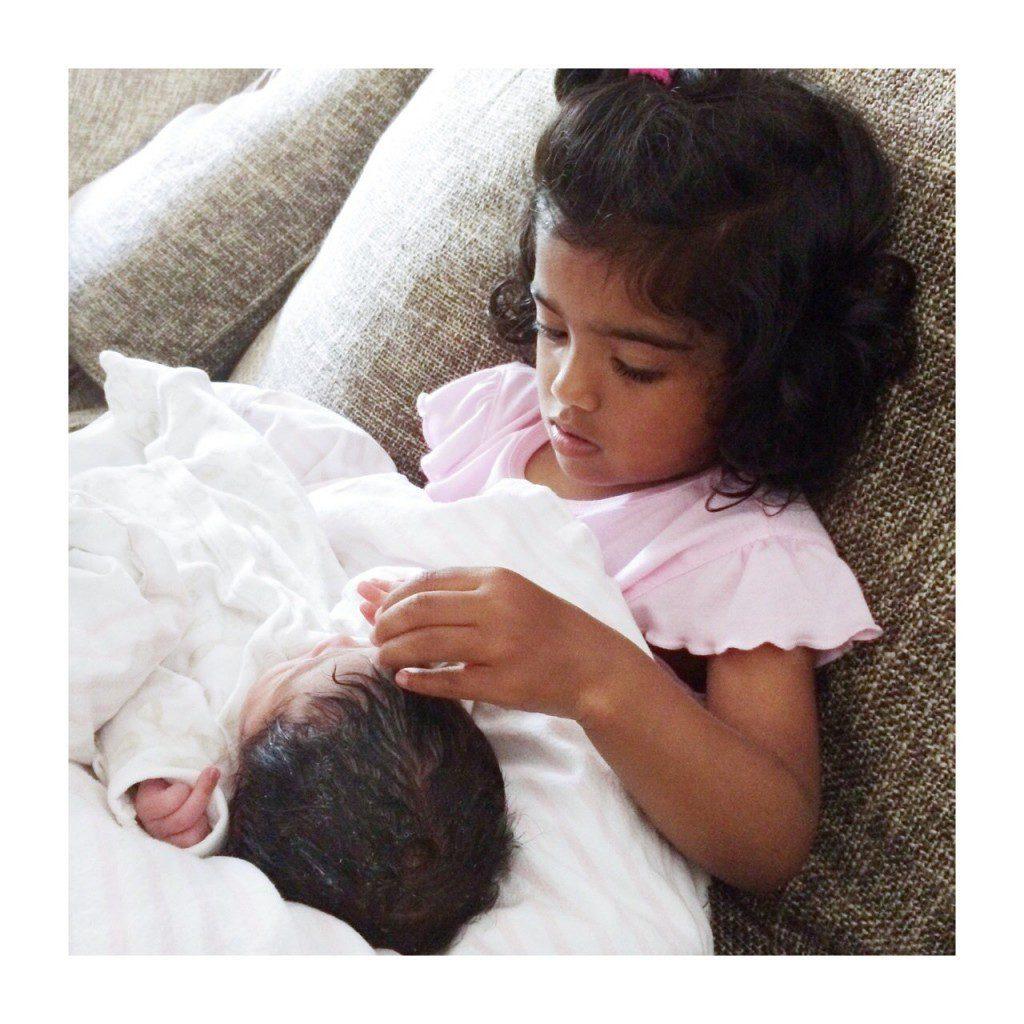 Thiviya og baby
