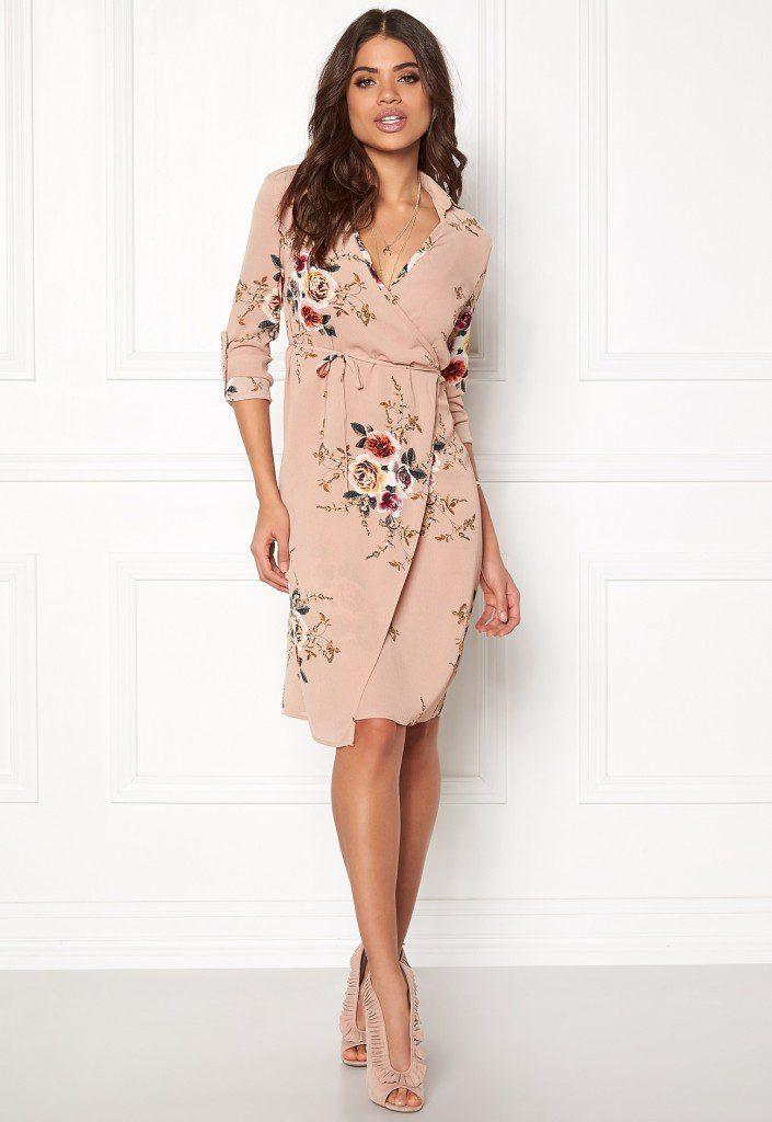 girl-in-mind-wrap-around-dress-flower_1